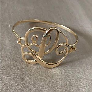 "Jewelry - Gold ""L"" cursive bracelet"